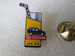 PIN'S   TOYOTA IAA 95 - Toyota