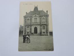REZE - La Mairie  Ref 0033 - France