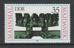 TIMBRE NEUF D'ALLEMAGNE ORIENTALE - MEMORIAL DE MAJDANEK, POLOGNE N° Y&T 2196 - 2. Weltkrieg