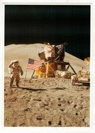 APOLLO 15 - James Irwin Près Du LM Et Du Rover.  Les Monts Hadley Sont En Arrière-plan.  Juillet 1971. - Astronomie