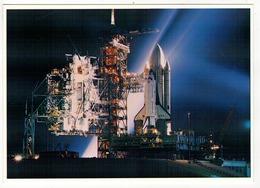 La Navette Spatiale COLOMBIA Sur Son Pas De Tir Le 12 Avril 1981 à Cap Kennedy. - Astronomie