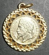 Ancien Pendentif En Métal Doré Damart, NAPOLEON III 3 Empereur - Pendentifs