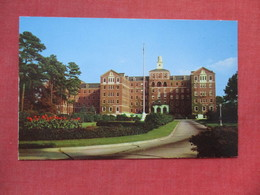 Veterans Hospital      Fayetteville  North Carolina    Ref 3530 - Fayetteville
