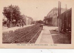 83 LA SEYNE SUR MER INTERIEUR DE LA GARE ANIMEE - La Seyne-sur-Mer