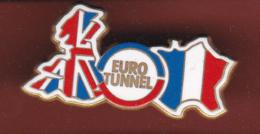 59476-Pin's.euro Tunnel.train.SNCF.signé Arthus Bertrand Paris... - Arthus Bertrand