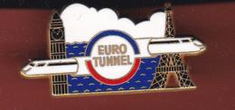 59477-Pin's.euro Tunnel.train.SNCF.signé Arthus Bertrand Paris... - Arthus Bertrand