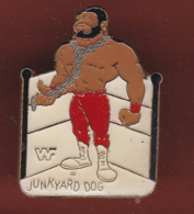59483-Pin's.Junkyard Dog. Sylvester Ritter, Est Un Catcheur Américain.signé Titan Sports Inc Pinnacle. - Worstelen