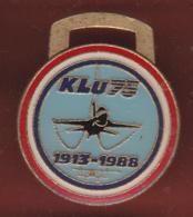 59497-Pin's.KLU75, Aerospatiale.Aviation.1913-1988. - Avions