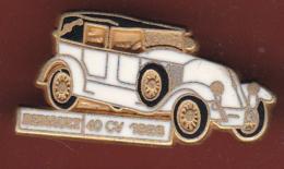 59515-Pin's.Renault 40cv 1926.voiture Ancienne.Tacot..automobile. - Renault