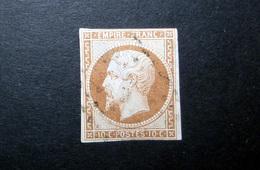 FRANCE 1860 N°13II OBL. (NAPOLÉON III. SECOND EMPIRE. 10C BRUN CLAIR. LÉGENDE EMPIRE FRANC. NON DENTELÉ. TYPE II) - 1853-1860 Napoléon III