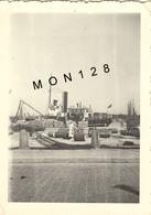 CONCARNEAU - PORT DE COMMERCE - PHOTO 6x8,5 Cms  (BATEAU) - Orte