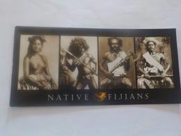CPSM   FIJI NATIVE FIJIANS FILLE SEINS NUS    VOYAGEE TIMBREE  NICE STAMPS - Fidji