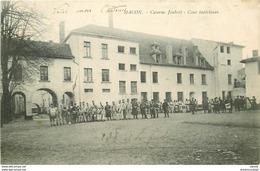 WW 71 MACON. Militaires Cour Caserne Joubert - Macon