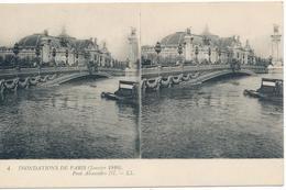 CPA N°4. Inondations De Paris (janvier 1910) Pont Alexandre III. Deux Vues Identiques. - Paris Flood, 1910