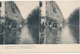 CPA N°8. Inondations De Paris (janvier 1910) Embarquement Pour La Rue Saint-Dominique. Deux Vues Identiques - Paris Flood, 1910