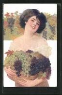Künstler-AK Sign. F. Vecchi: Lachende Frau Mit Vollem Traubenkorb - Illustrators & Photographers
