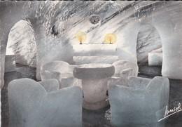 74----CHAMONIX-LE MONTENVERS--la Grotte De La Mer De Glace--la Salle à Manger--voir 2 Scans - Chamonix-Mont-Blanc