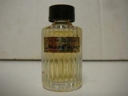 """ROCHAS """" MOUSTACHE"""" MINI EAU DE COLOGNE  VOIR ET LIRE !! - Miniatures Modernes (à Partir De 1961)"""