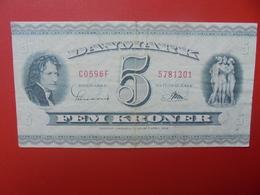 DANEMARK 5 KRONER 1950-60 CIRCULER (B.5) - Danemark