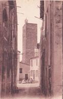 83-Saint-Raphaël  Rue De La Vieille Ville & Tour Des Templiers - Saint-Raphaël