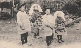 TYPES LIMOUSINS GROUPE D ENFANTS - France