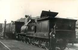 050819 - PHOTO TRANSPORT TRAIN CHEMIN DE FER - Loco En Gare - Bahnhöfe Mit Zügen