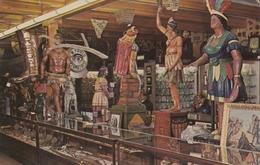 Cigar Store Indians , Douglassville , Pennsylvania , 50-60s - Indianer