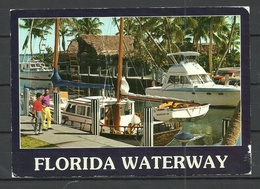 USA Post Card FLORIDA Waterway Boats Yachts Sent 2000 From Germany With Stamp - Etats-Unis