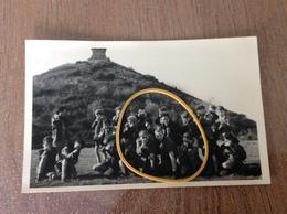 Waterloo Photo Carte Originale Le Lion Avec Groupe écoliers - Waterloo