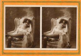 CPA - Photo érotique-stéreoscopique Femme Plus Ou Moins Nue, Légèrement Vêtue De Sous-vêtement Et Pose Suggestive - Photographs