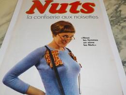 ANCIENNE  PUBLICITE LES FEMMES AIME BARRE NUTS 1967 - Affiches
