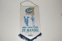 Fanion Fifty-One 51 International Roeselare Izegem D102 - 1 De Mandel Juniors Club Tissus Imprimé - Organizations