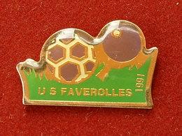 PIN'S TENNIS DE TABLE -  - FOOTBALL - U.S FAVEROLLES - EURE ET LOIRE - Tennis De Table