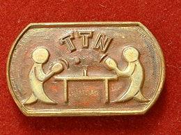 PIN'S TENNIS DE TABLE -   TTN - Tennis De Table