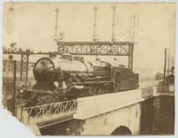 (Trains) Locomotive Nord 3.1203 Et Son Conducteur Sur Un Pont . - Eisenbahnen
