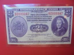 INDES NEERLANDAISES 2 1/2 GULDEN 1943 CIRCULER- BELLE QUALITE (B.5) - Indie Olandesi