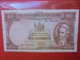 NEW ZEALAND 10 SHILLINGS 1940-67 CIRCULER (B.5) - Nieuw-Zeeland