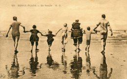 FRANCE -   BERCK-PLAGE.  En Family 1910 - Berck