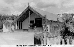 NEW ZEALAND - Maori Meetinghouse ROTORUA - RPPC - Nouvelle-Zélande