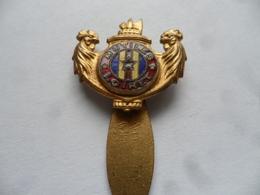"""(Militaria - Anciens Combattants, Association, Loiret - 45) - Insigne H. Bargas  """" MUTILES - LOIRET """" ......voir Scans - Insignes & Rubans"""