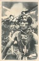 Polynésie Française - Carolines Un Sorcier Paré De Ses Fétiches - Polinesia Francese