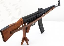 DENIX FUSIL STG 44, ALLEMAGNE 1943 1125C07 - Armes Neutralisées
