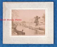 Photo Ancienne - PARIS - Quartier Bastille ? - Groupe De Péniche - Une De BAESRODE ( Voir Zoom ) - Bateau Batellerie - Bateaux