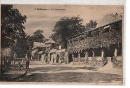 PARIS ROBINSON LA CHAUMIERE TRES ANIMEE - Francia
