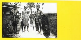 Hommes Et Femme En Costume Dayaks De Bornéo Carte Photo Gevaert Années 30 - Cartes Postales