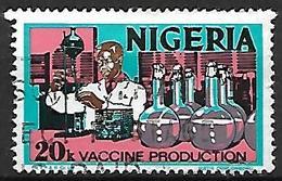 NIGERIA    -   Série Courante.   Production De Vaccins . Oblitéré . - Nigeria (1961-...)