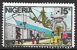 NIGERIA    -   Série Courante.   Bateau  /  Activités Portuaires. Oblitéré . - Nigeria (1961-...)