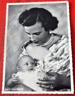 Liliane Baels Princesse De Réthy Et La Princesse Marie-Esméralda  -  (Photo R. Marchand) - Familles Royales