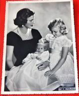 Liliane Baels Princesse De Réthy Et Les Princesses Marie-Esméralda Et Marie-Christine De Belgique -  (Photo R. Marchand) - Familles Royales