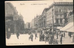 Allemagne -- Berlin -- Am Badnhof Alexander Platz - Germany
